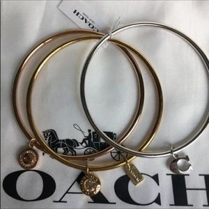 COACH SIGNATURE CHARM BANGLE SETF29819 MUL